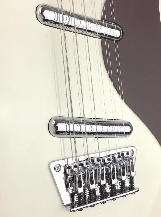 danelectro 59 vintage 12 string vintage white 1000 String Guitar
